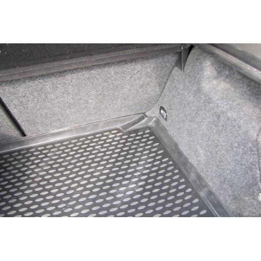 Novline коврик в багажник  VW Golf 1998-2004 хэтчбек полиуретан  NLC,51,04,B11